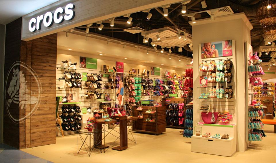 Crocs to Cut Jobs, Stores and Styles in