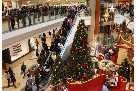 consumer spending survey holiday season