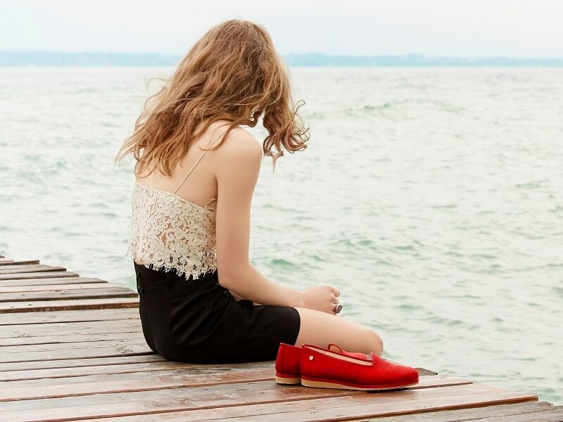 Red shoes by Idoni