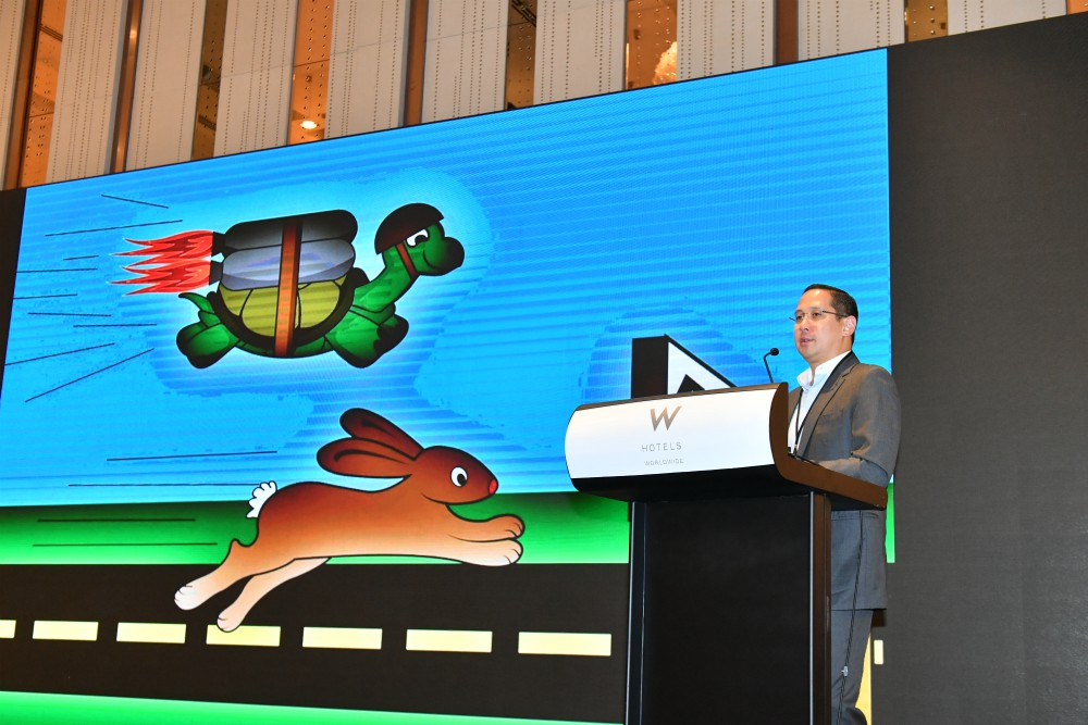 "At the Sourcing Summit Hong Kong, Spencer Fung explained that apparel supply chains can't settle for being a ""faster turtle"" when the consumer is a speedy rabbit."