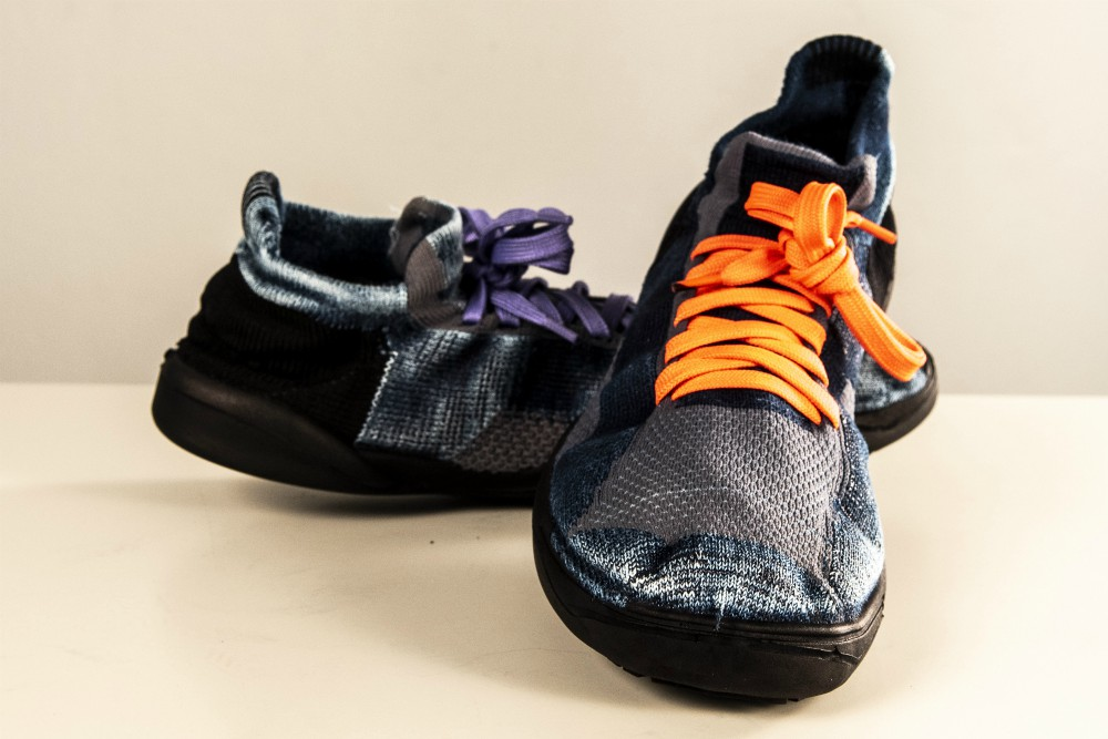 The sneaker is made from Tencel fibers with the den/IM technology.