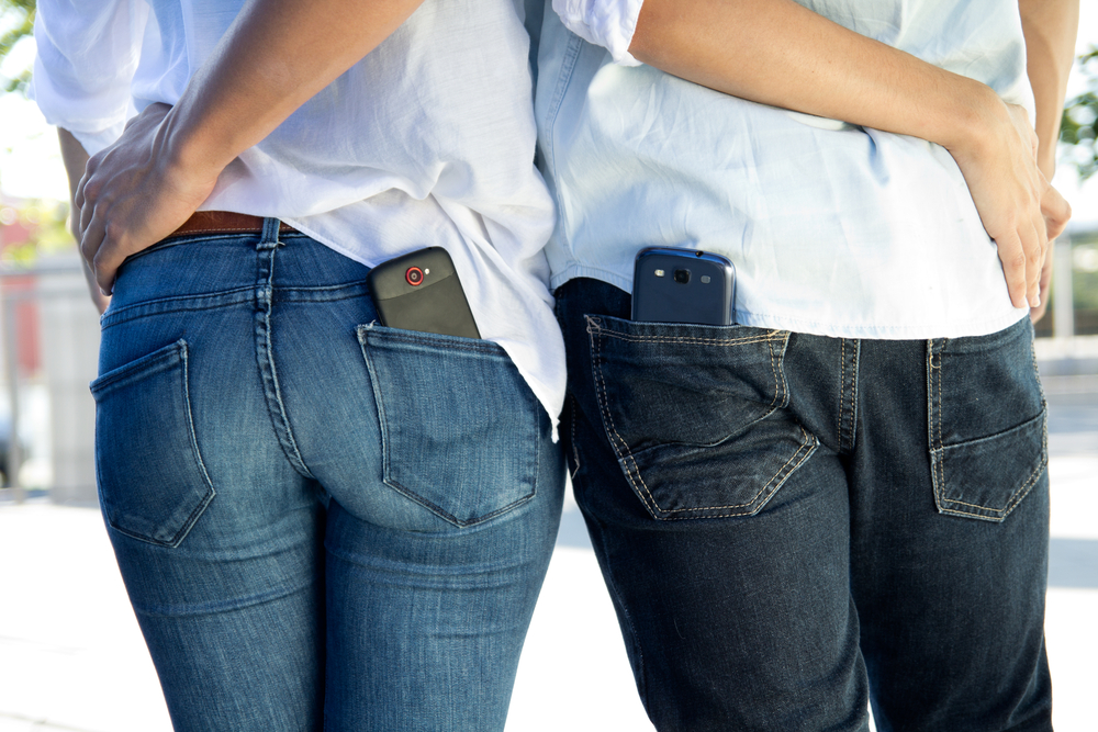 New data has shown, once and for all, that women get the short end of the stick when it comes to pocket size in their jeans.