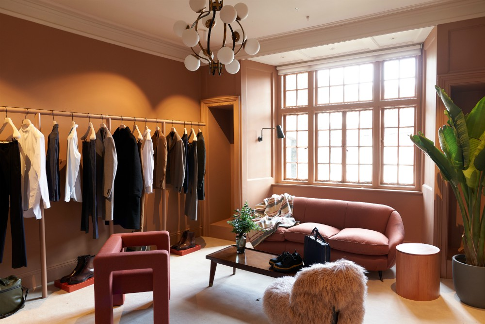 The townhouse offers two floors dedicated to private shopping appointments in addition to another boutique-like floor open to all customers.