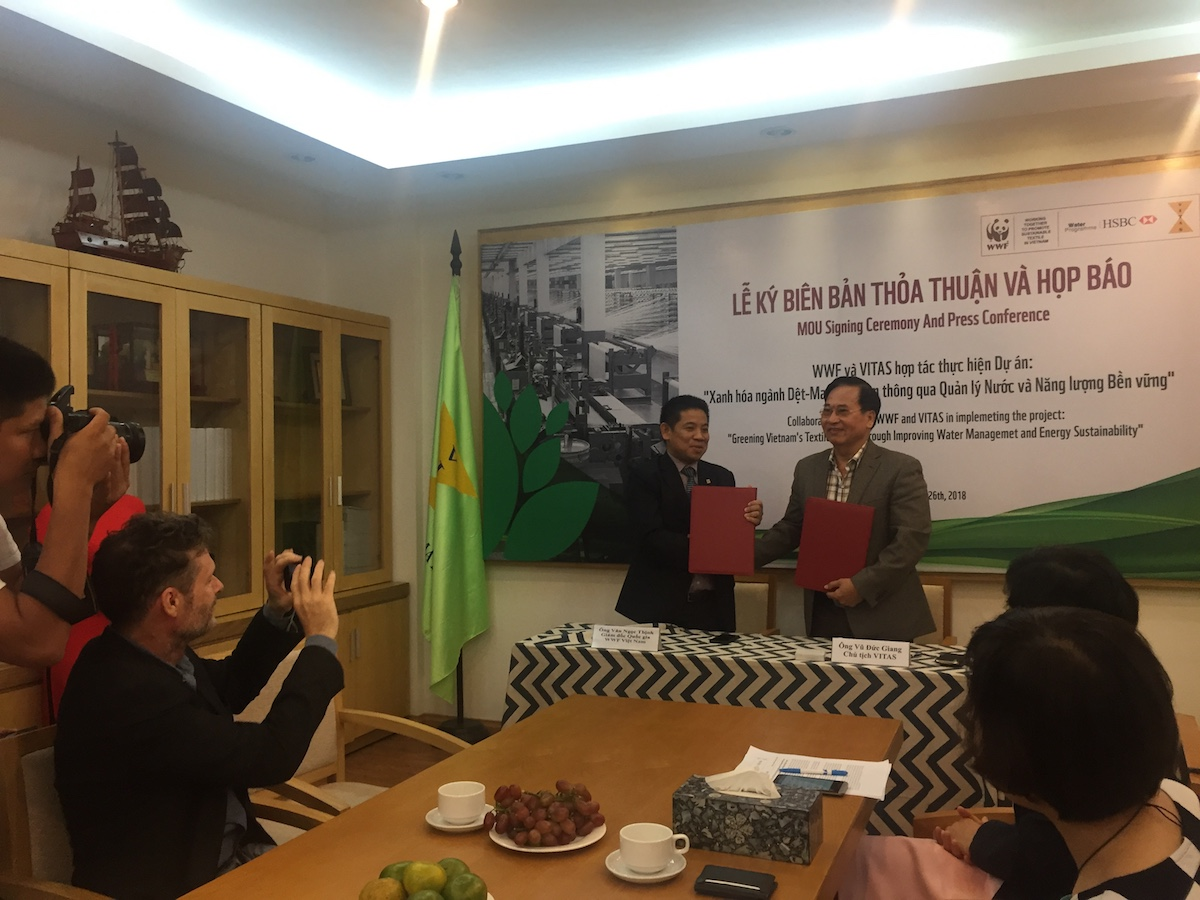 The signing between WWF-Vietnam and VITAS