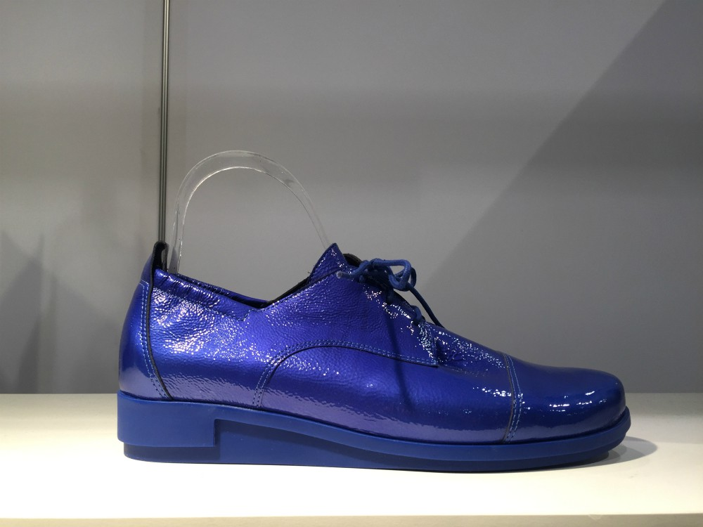 French line Arche brought a vibrant, cerulean patent to its oxford style with a soft, deconstructed feel.