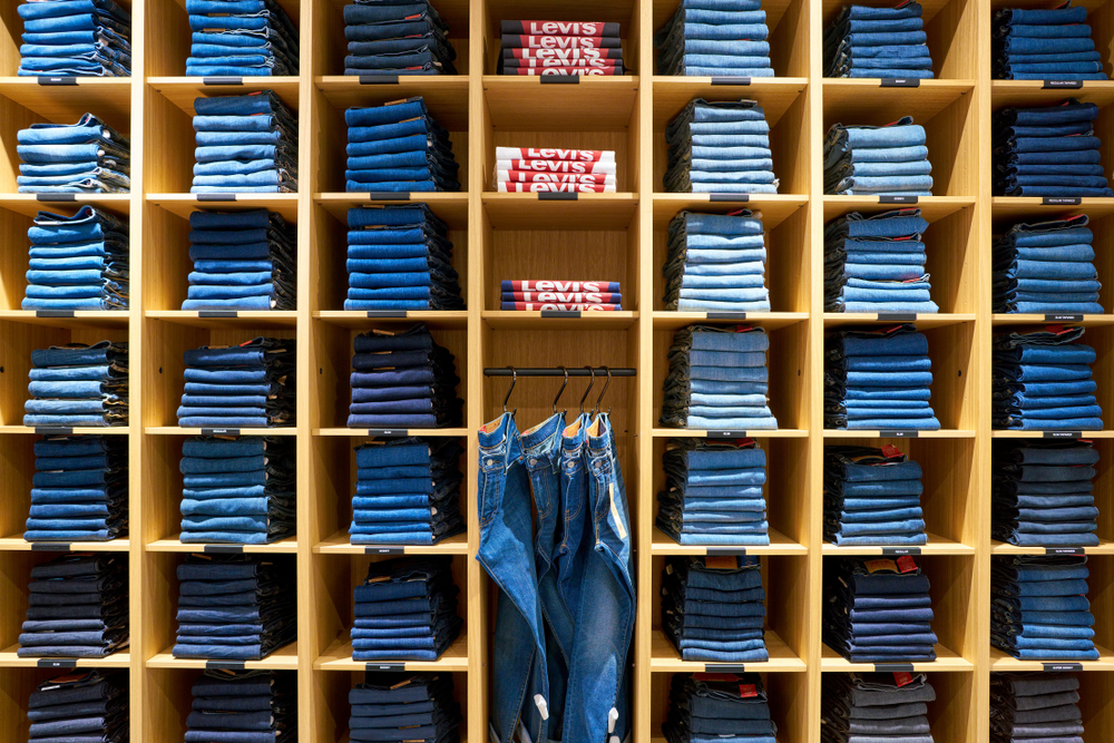 c1de8c08 Levi's Leads Wrangler and Lee in Consumer Purchase Consideration ...