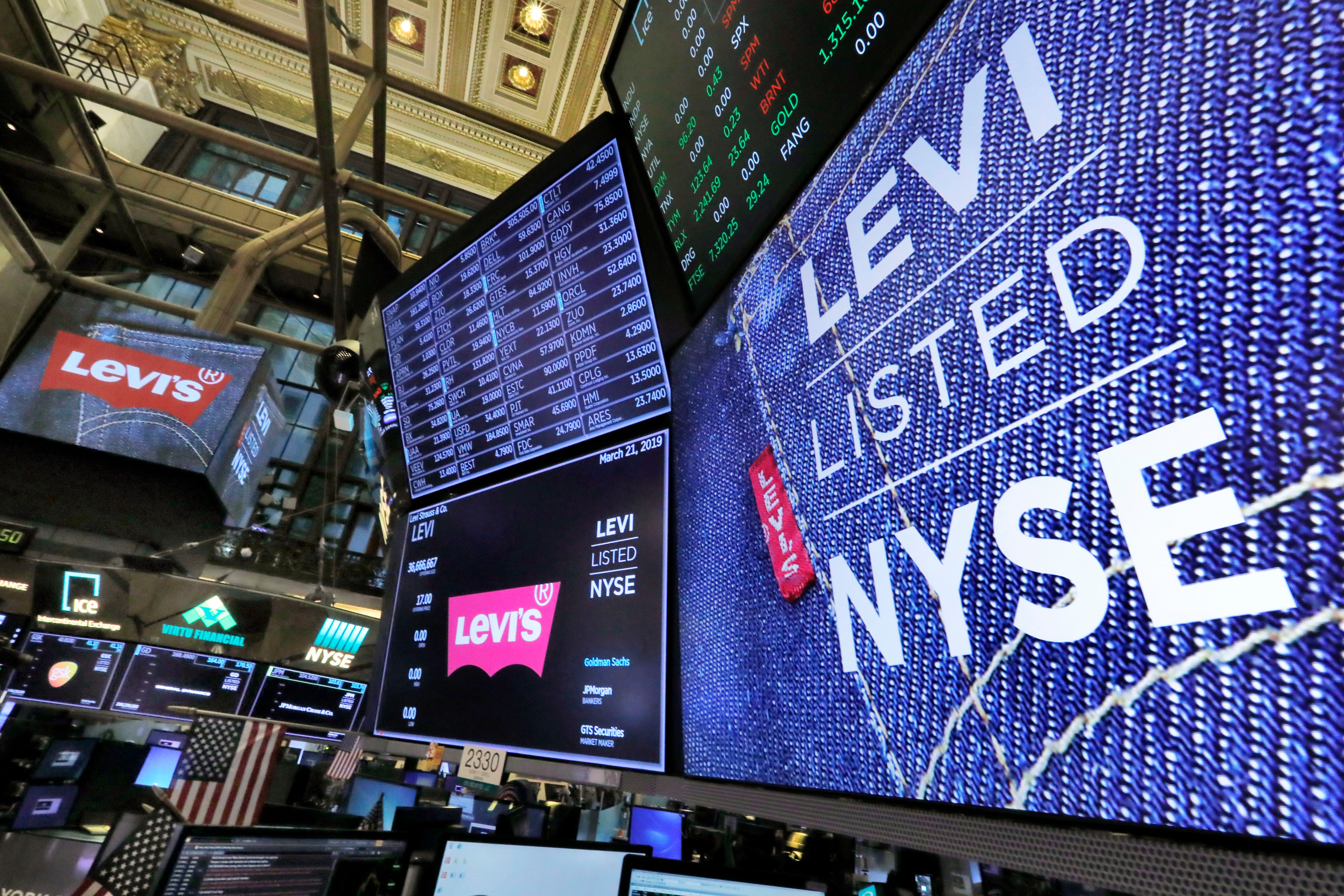 a8213fe284c Levi Strauss Shares Rise on First Trading Day, Market Cap Hits $8 ...