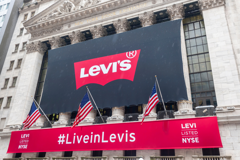 Levi Strauss Q2 earnings