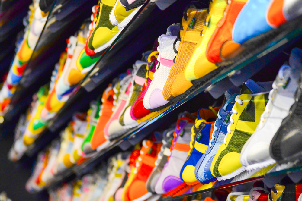 This Chinese Sneaker Resale Platform Authenticates with