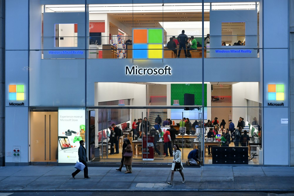 "Microsoft's rumored foray into e-commerce platforming could be a ""future hedge"" more so against Alibaba than Amazon"