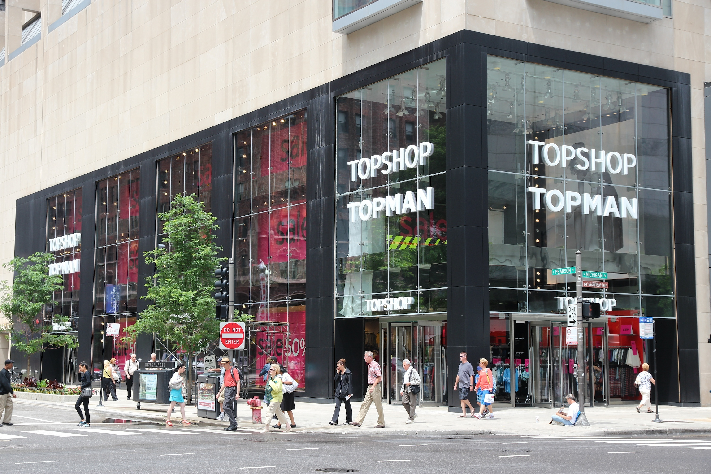Arcadia Group may be forced to close U.S. Topshop/Topman businesses