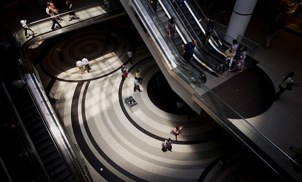 tariffs retail earnings consumer spending trade war