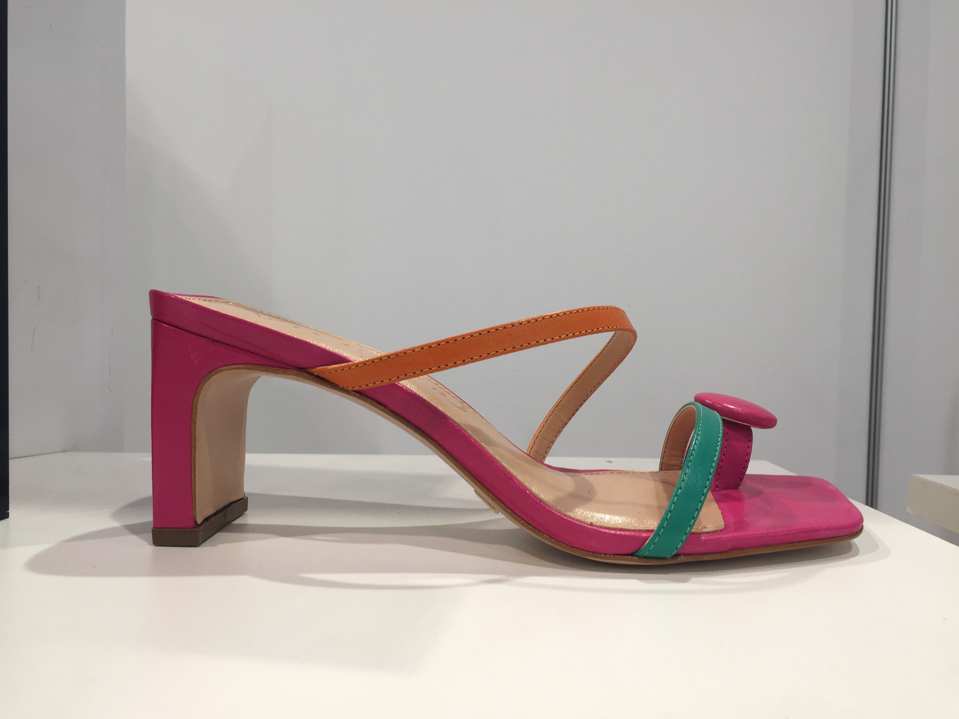 A heeled mule sandal in contrasting hues from Vicenza.