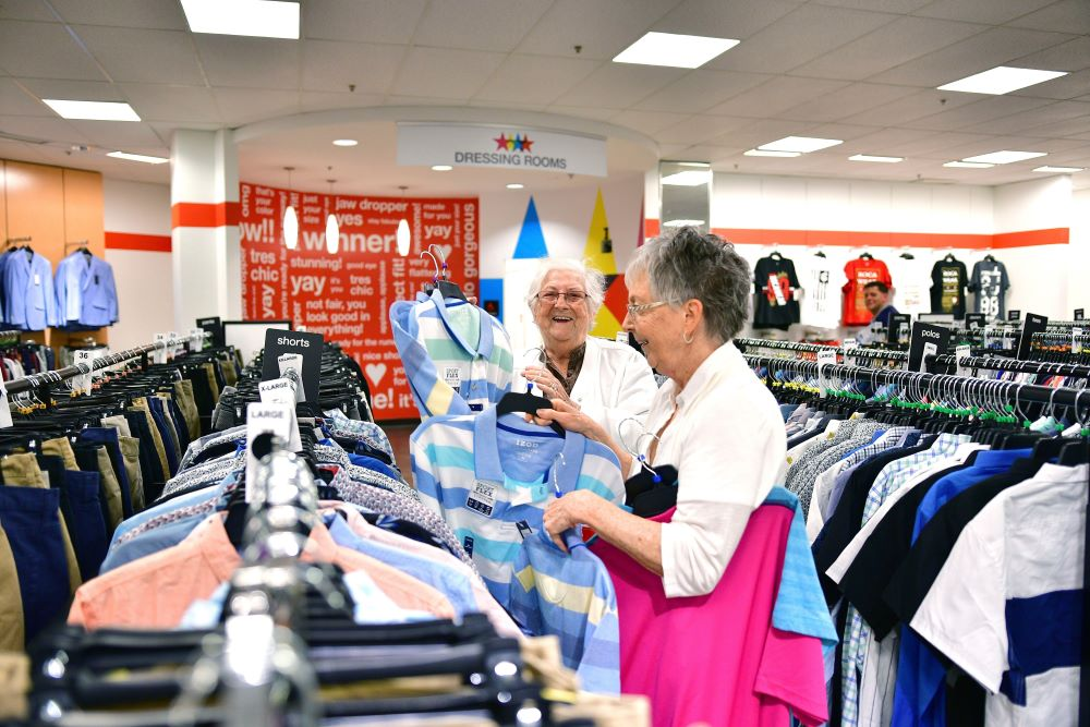 Macy's price increase tariffs consumers