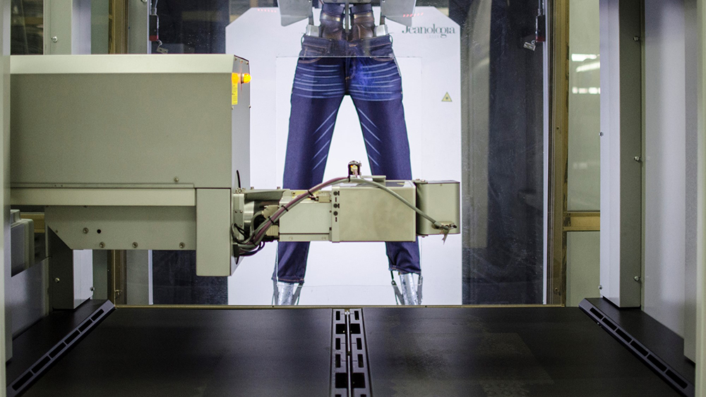 To respond to new consumer demands, Artistic Fabric & Garment Industries is bringing Super Soft, EverRaw and M-Power denim technologies.