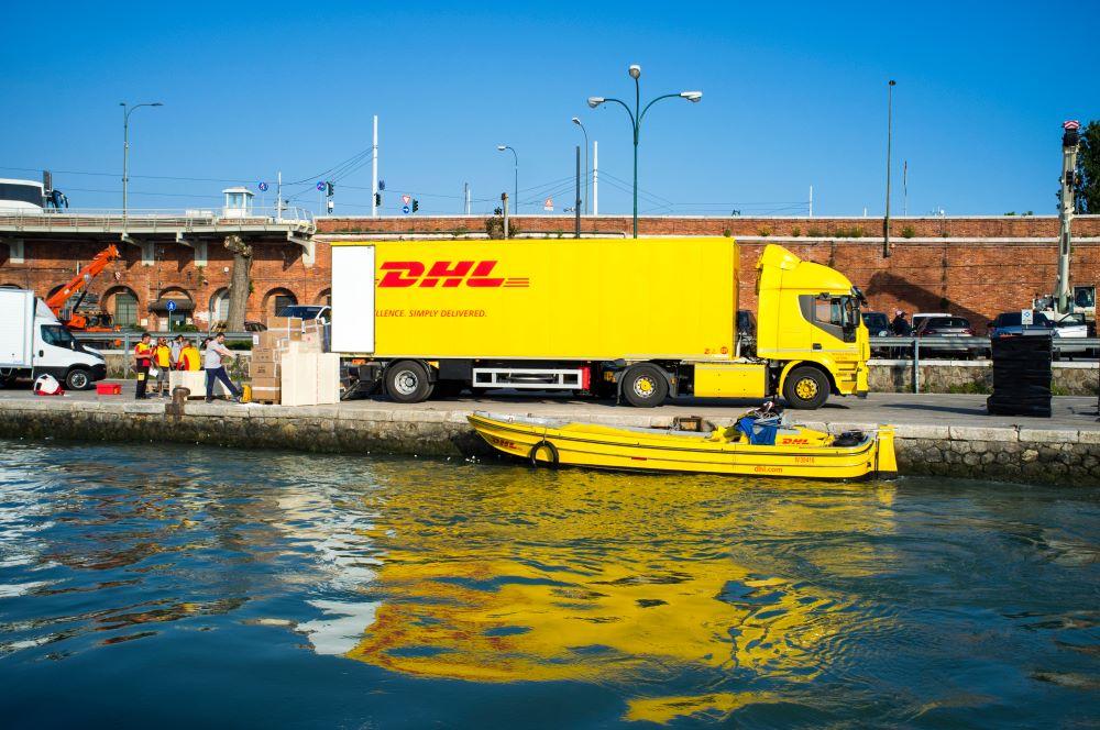 DHL Turvo Convoy supply chain digitization