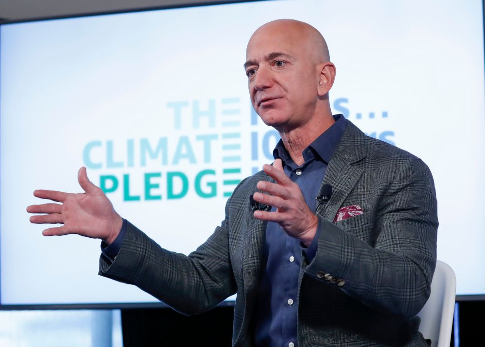 Amazon partnered with pro-environment group Global Optimism on new guidelines for reducing carbon emissions in the Climate Pledge.
