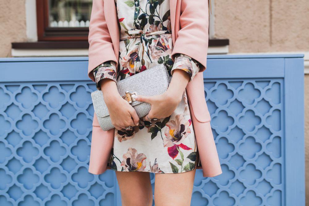 fashion apparel subscription rentals millennial women caastle