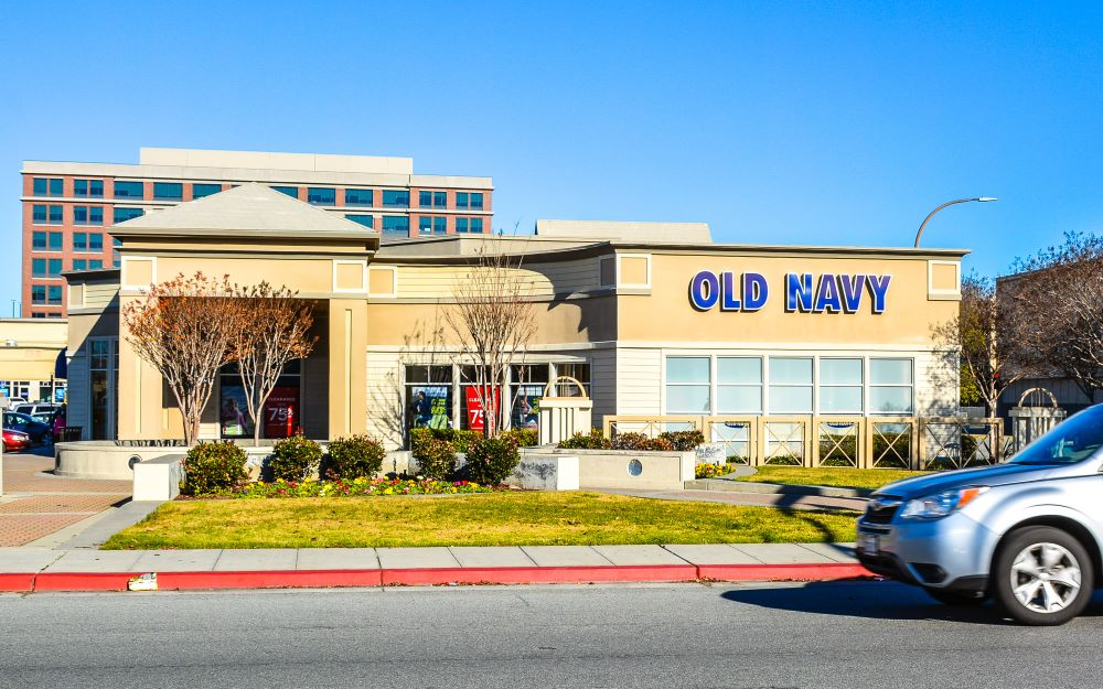 Old Navy supply chain $10 billion annual volume and 2000 stores