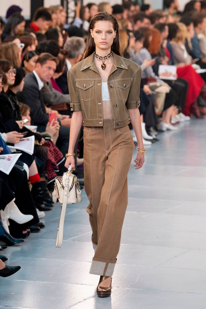 Dutch design inspires women's fashion trends for Fall/Winter 20-21.