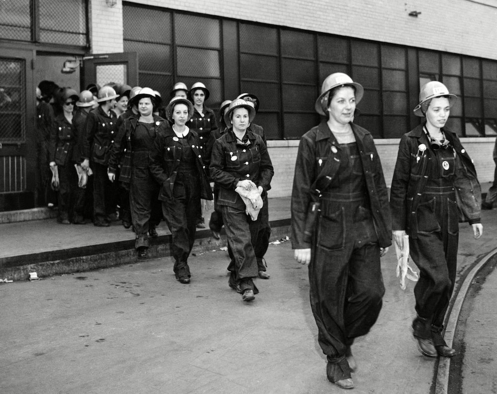 Female workers in 1942.