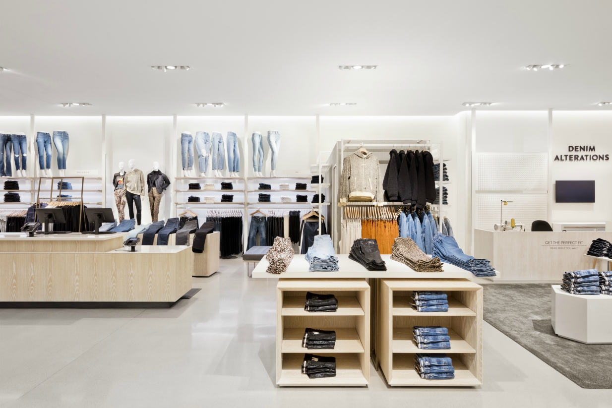 Nordstrom's local strategy is expanding to San Francisco, Chicago and Dallas, with its remaining top 10 markets by the end of 2020.