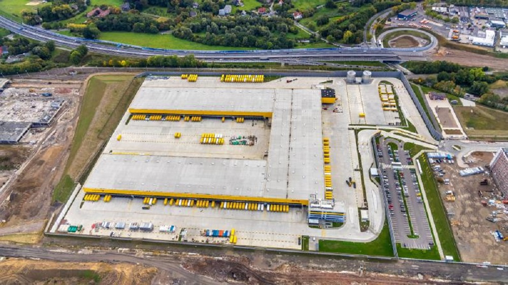 Strengthening its efficient logistics network in Germany, DHL Group has opened a state-of-the-art parcel-sorting mega center in Bochum.