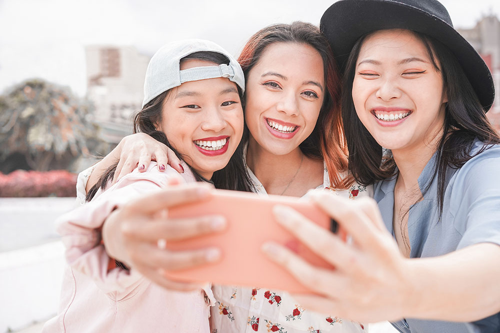 The Retail & The New Consumer report details how to attract and engage millennial and Gen Z consumers at apparel and footwear retailers.