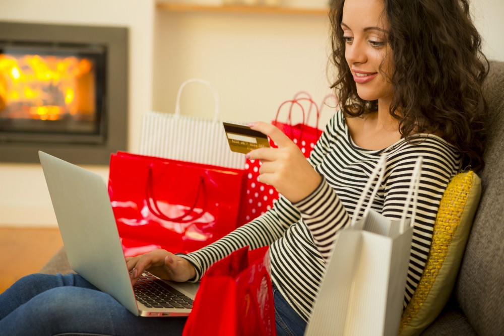 Experts from IHS Markit, Simon-Kucher and OpenX say e-commerce will have a record year this holiday shopping season, even on Black Friday.