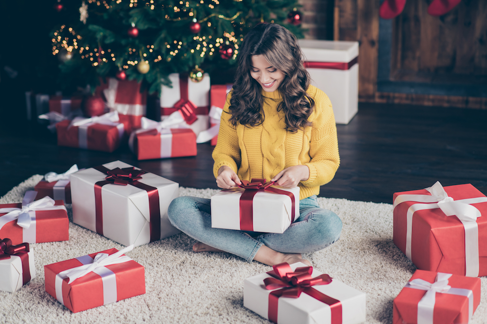 From shirt dresses and jean skirts to workwear jackets and sequined jeans, Rivet's denim holiday gift guide offers ideas for stylish women.