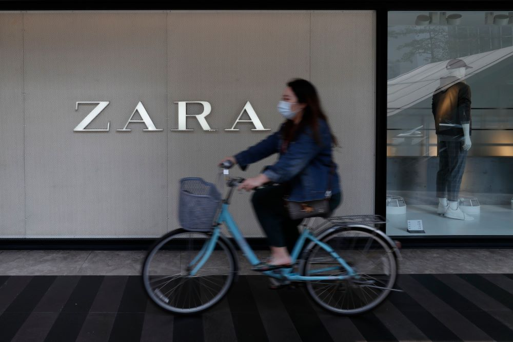 A investigation into the making of a Zara hoodie casts doubts on Inditex's claims of transparency, traceability and sustainability.