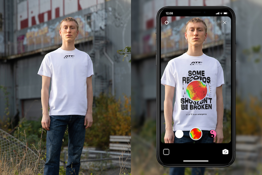 Scandinavian brand Carlings created a T-shirt with Facebook and Instagram that uses augmented reality filters to display custom messages.