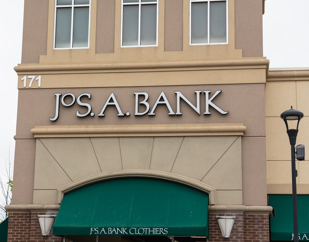 Jos. A Bank scored a comp store sales gain amid declines elsewhere at Tailored Brands, which said progress was being made.