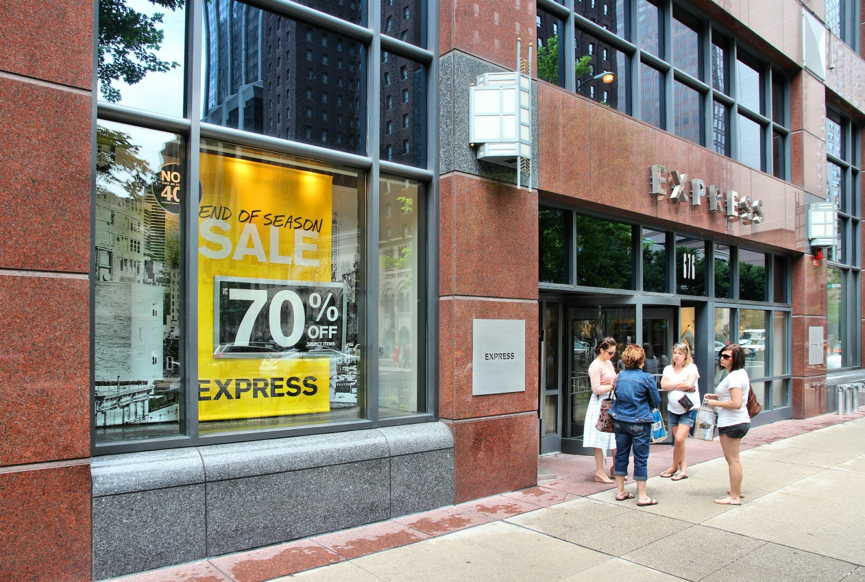 Express is cutting 10 percent of the workforce at its headquarters and New York design studio and will discuss stores at an investor event.