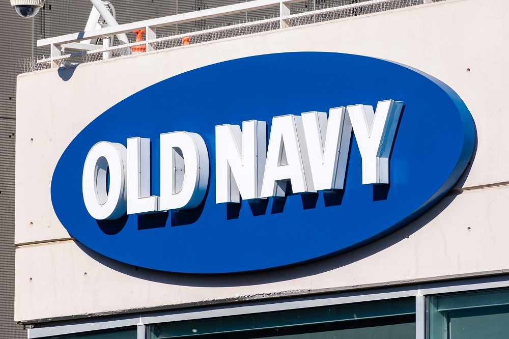 "Gap Inc. said Thursday it no longer plans to separate Old Navy into a standalone public company, citing ""operational inefficiencies."""
