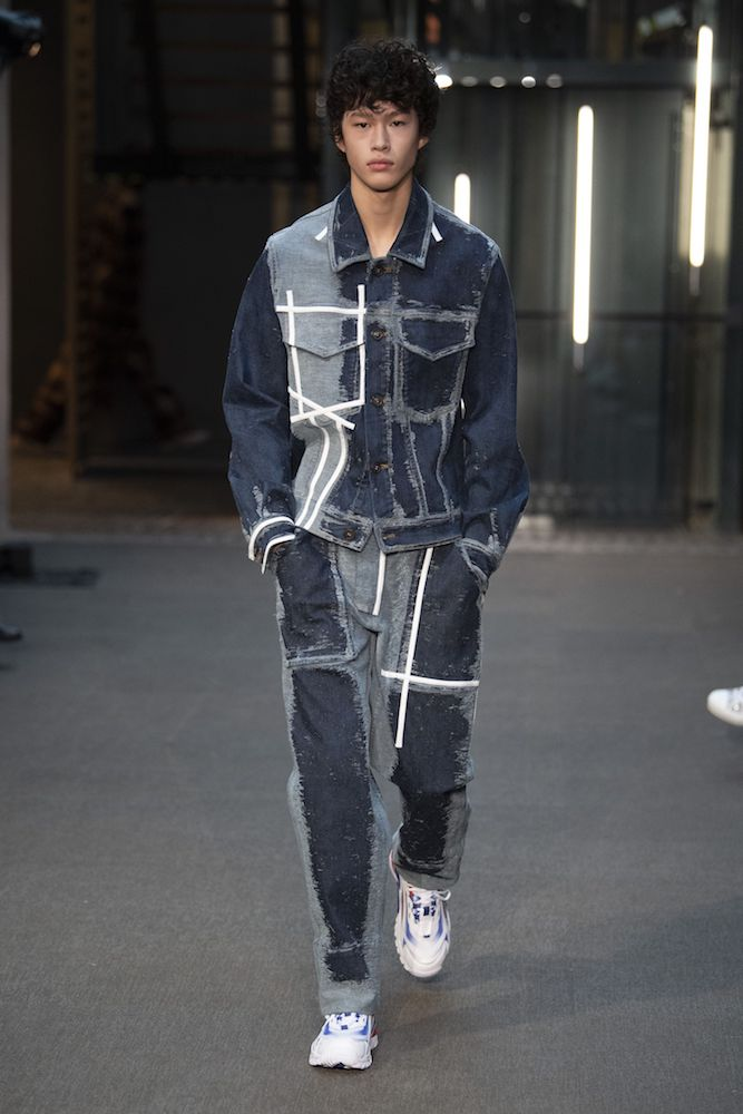 A new era of tech-inspired men's fashion is around the corner, Fashion Snoops says, with tailoring, luxury fabrics and metallic denim.