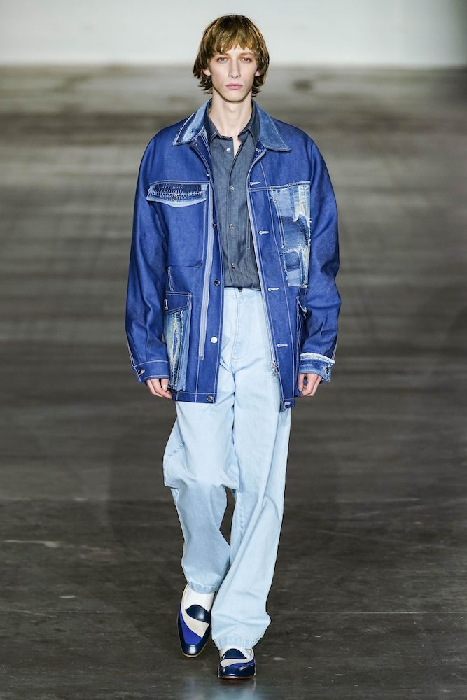 Baggy jeans are among Edited's trends to watch for F/W 20-21.