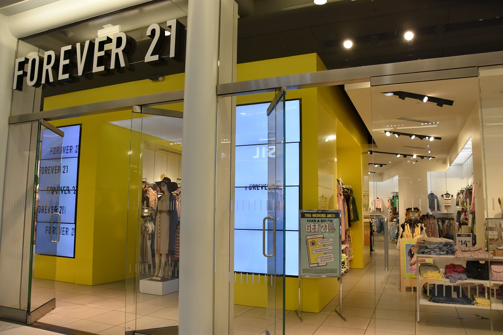 New CEOs were named at Forever 21, Rue 21 and Mastecard, while Raf Simons surfaces as co-creative director at Prada and AAFA grows staff.