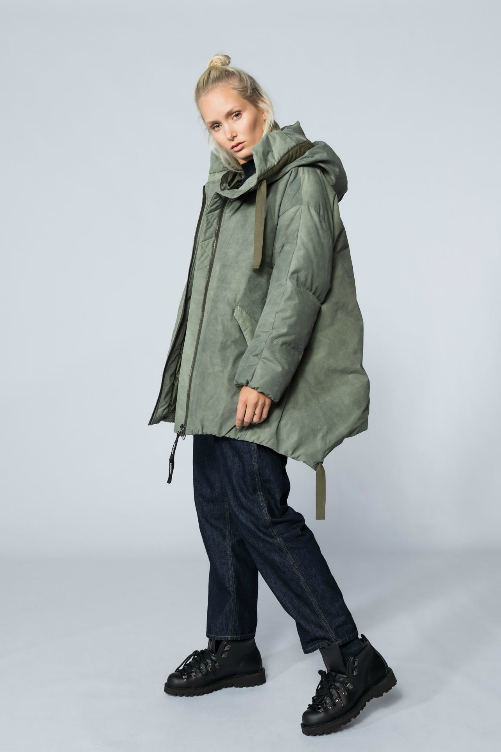 A long down parka style from Holden's AW20 line. Founders Scott Zergebel and Mikey LeBlanc imbued the outdoor apparel brand with a focus on fashion, performance and sustainability.