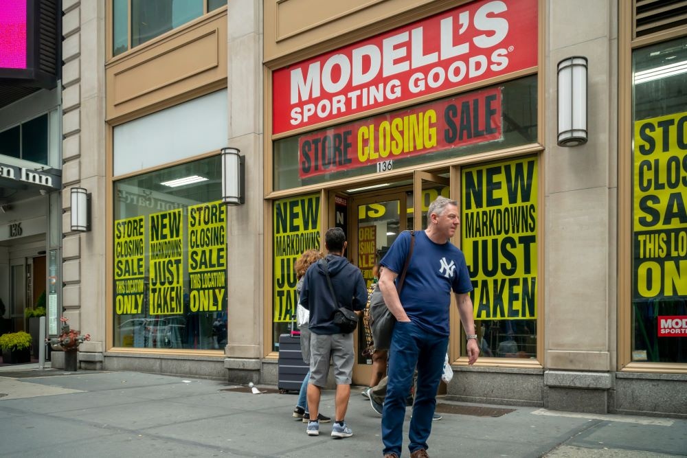 Modell's Sporting Goods will sell a minority stake via crowdfunding as it seeks investors to save the company and ease a liquidity crisis.