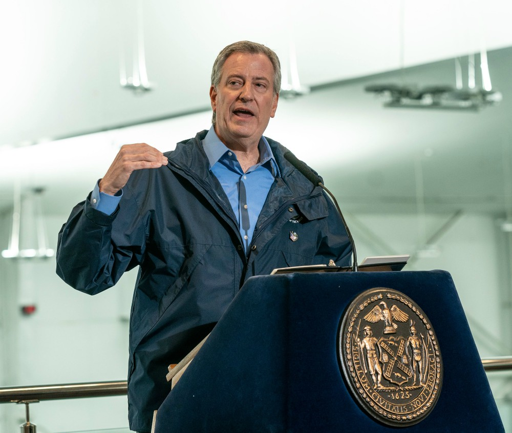 New York City Mayor Bill De Blasio said the scandal surrounding Smalls' firing was an issue of real concern, and called for an inquiry into Amazon's actions.