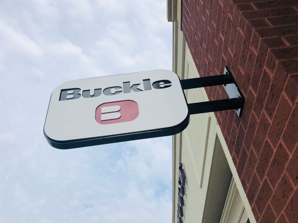 The Buckle Inc. reported strong Q4 and full fiscal 2019 earnings but warned of delays of up to four weeks for denim coming in from China.