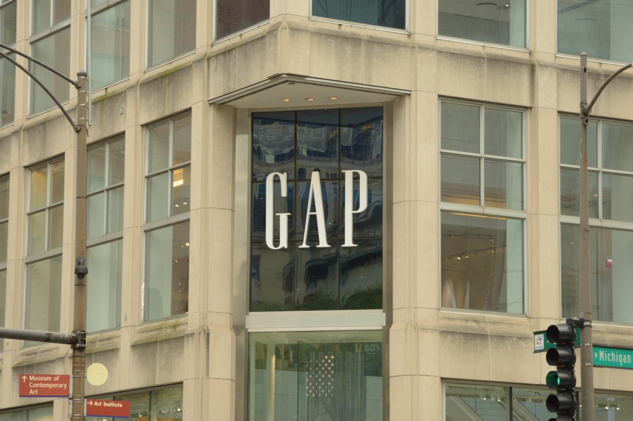Gap issues liquidity warnings as it suspended $115 million in N.A. rent payments to landlords, but also said there could be further layoffs.
