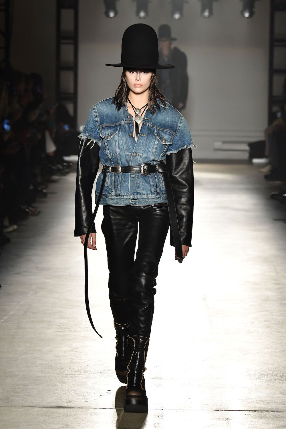Fashion search engine Tagwalk's new report shows the growing popularity of sustainable denim in luxury fashion Fall/Winter 2020 collections.