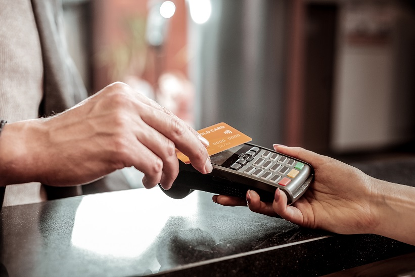 Retailers seeking to ease shopper anxiety through the coronavirus pandemic should consider enabling contactless payments, Mastercard says.