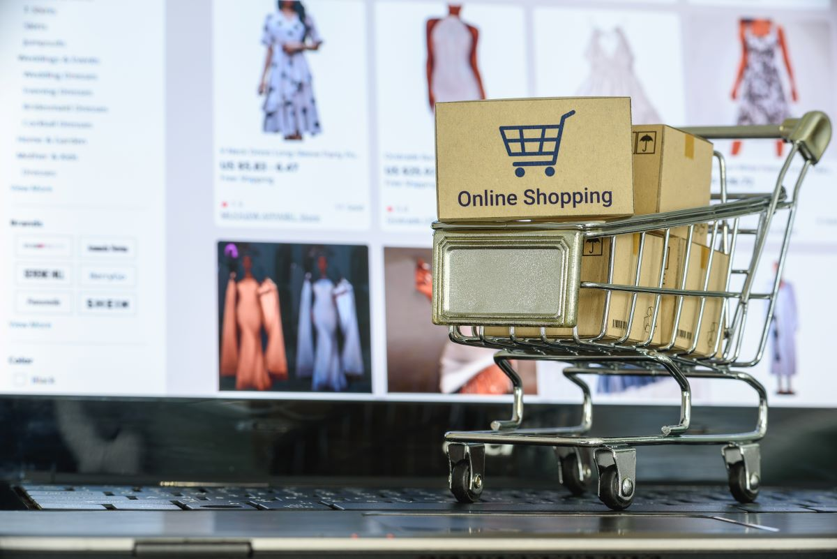 Retailers can easily modify e-commerce to adapt to any fluctuation in stock levels and keep inventory moving during coronavirus disruption.