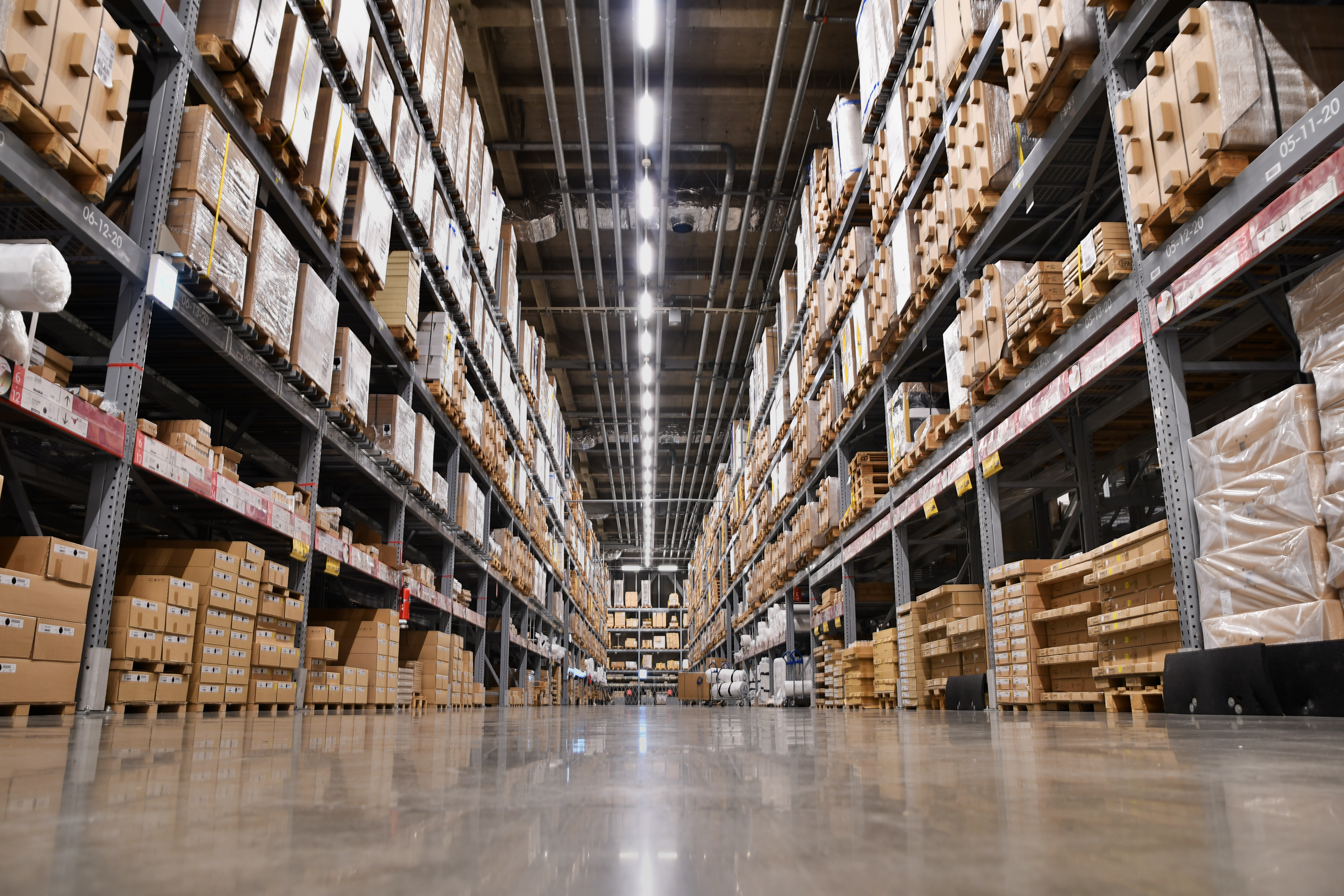 Gap accelerated the adoption of robots at its facilities throughout the U.S. to reduce warehouse employees' risk of coronavirus exposure.