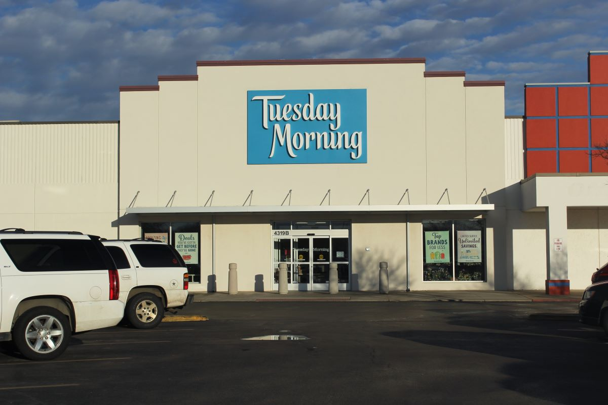 Bankrupt home goods discounter Tuesday Morning filed a voluntary Chapter 11 petition on Wednesday in Dallas and will close 230 stores.