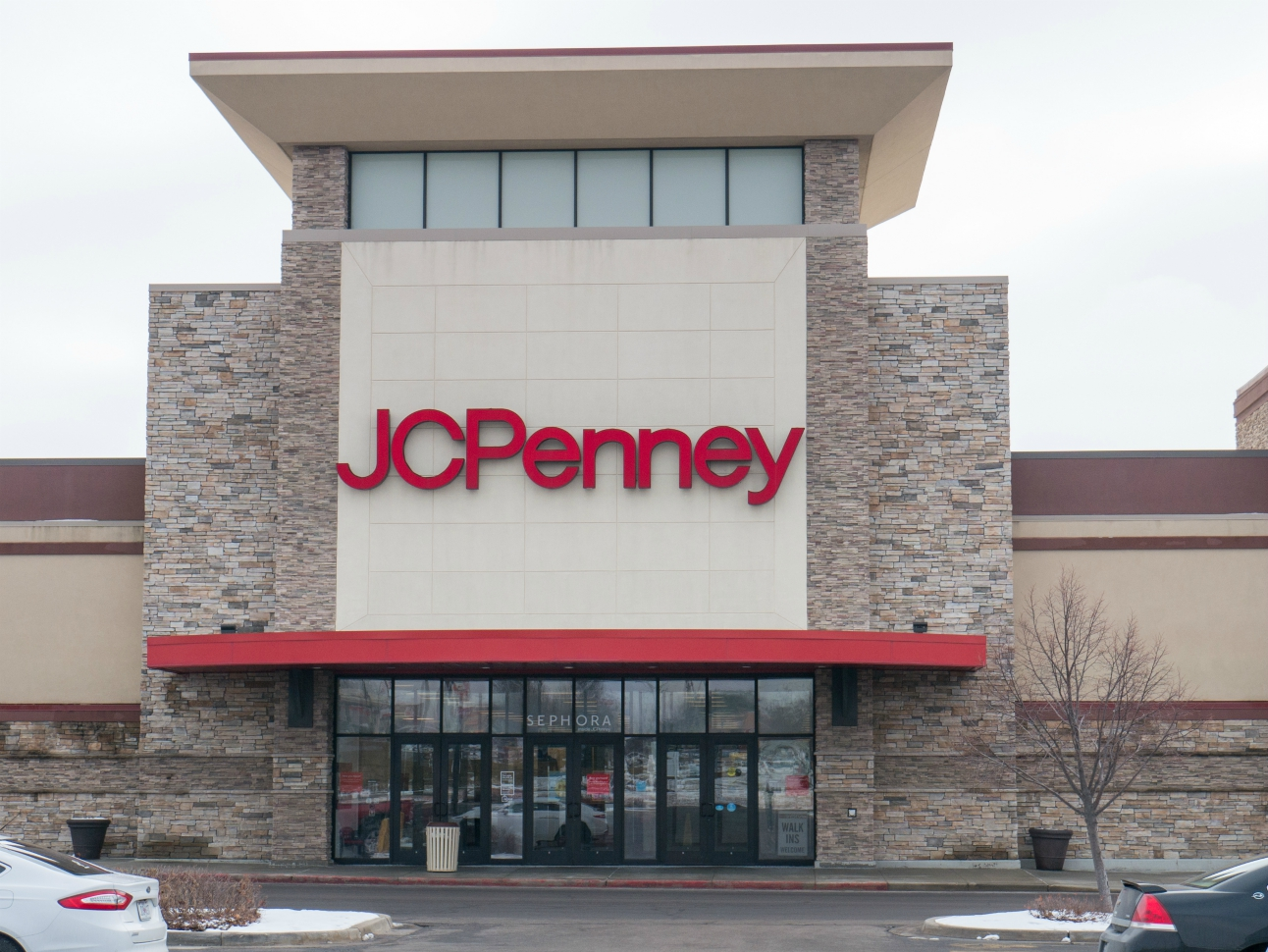For the three-month period ended May 2, bankrupt retail chain J.C. Penney's net sales fell 55.6 percent to $1.08 billion from $2.44 billion.