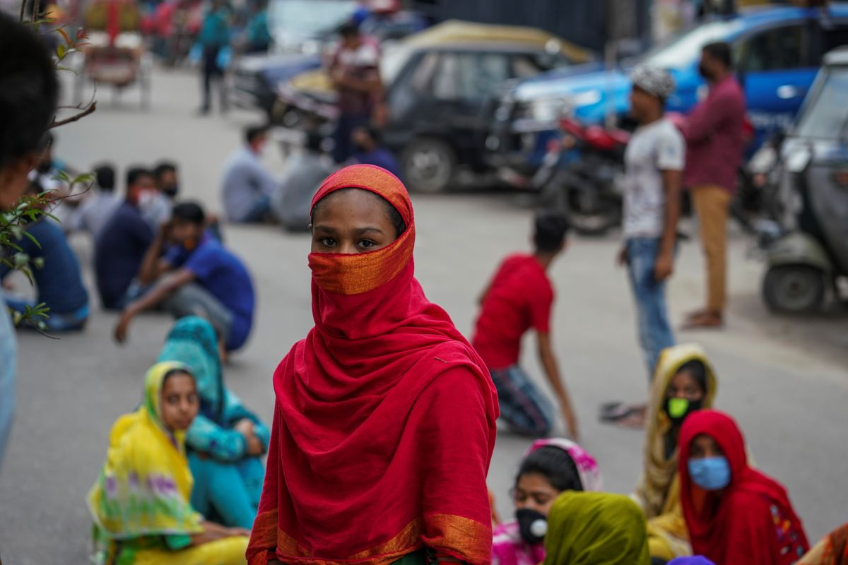 Leading Bangladeshi politician Obaidul Quader is urging garment factory owners to stop laying off workers amid the coronavirus pandemic.